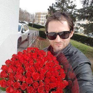Romeo1990 profile picture