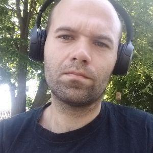 MirHo Profile Picture