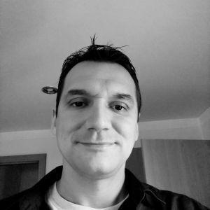 Tomas Profile Picture