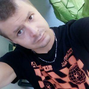 mackk profile picture