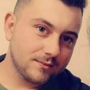 Simon Profile Picture