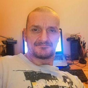 Mirek Iczo Profile Picture