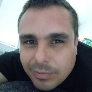 Ales . ... A Profile Picture