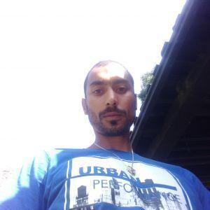 Lukas Grundza Profile Picture