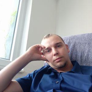 Radek Profile Picture