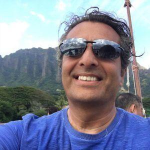 Martin Derrick Profile Picture